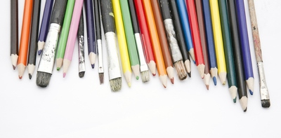 paint-brushes-color-pencils-16732450